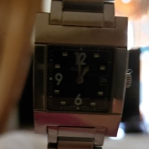 GUCCI  STAINLESS STEEL VINTAGE WATCH.